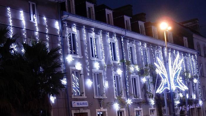 Décoration façade Hôtel de Ville