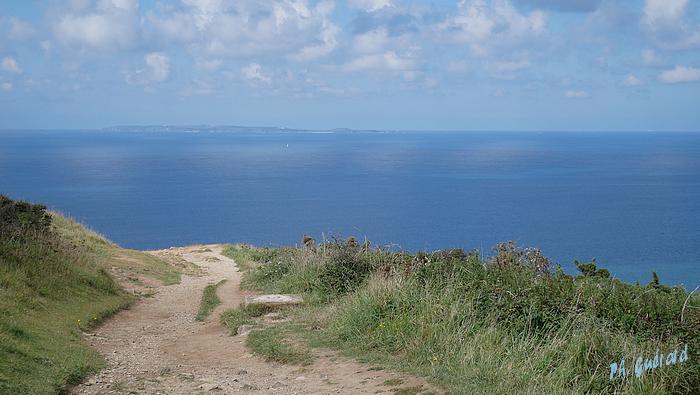 Aurigny à l'horizon