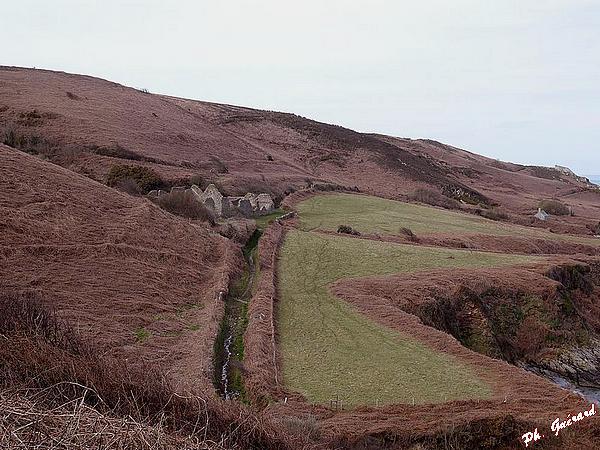 Ruines de la Cotentine du chemin de l'Épine d'Hue