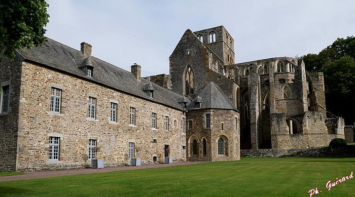Vue de l'Abbaye d'Hambye
