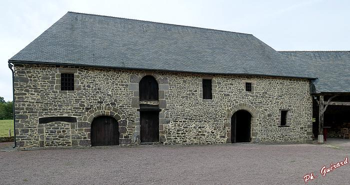 Le bâtiment des pressoirs